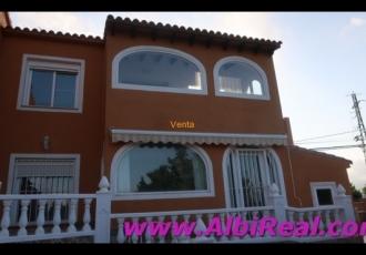 Amplio bungalow con GRAN TERRAZA en Venta  La Nucia